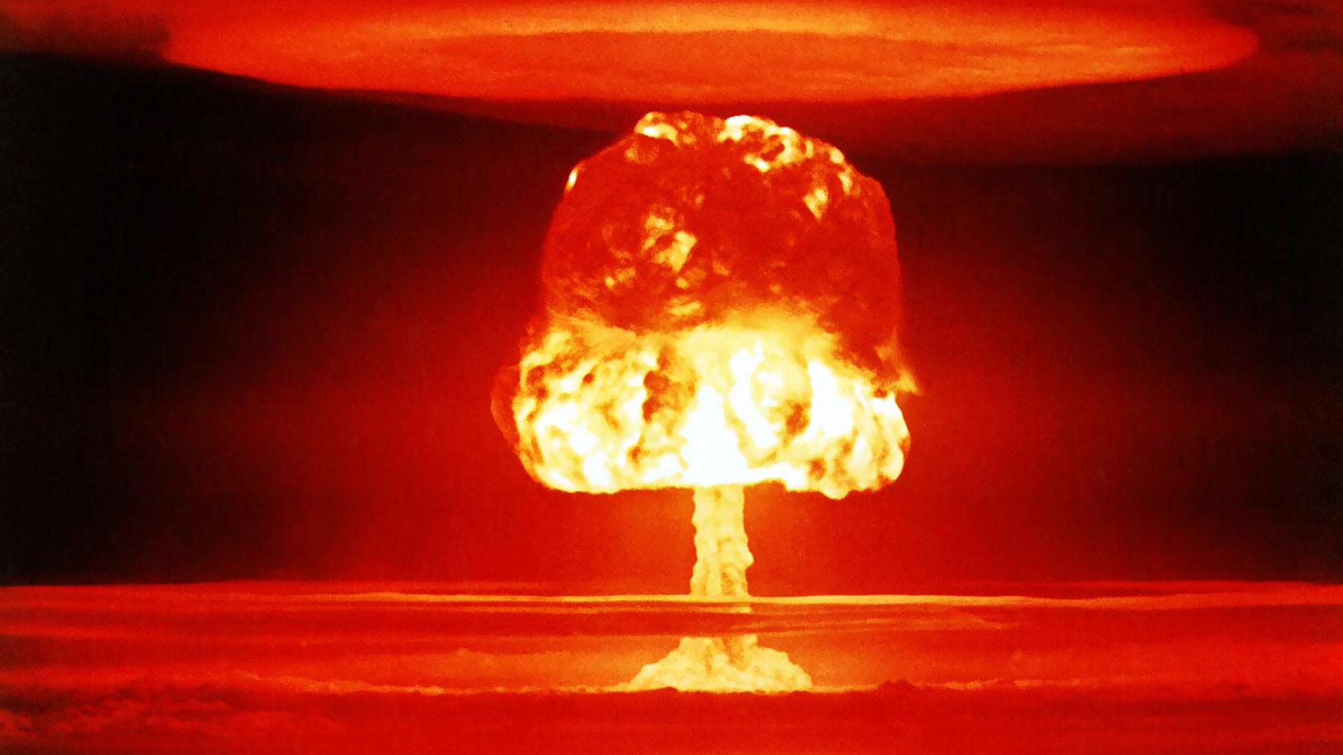 アメリカが行った危険な大気圏外核実験【ドミニク作戦】